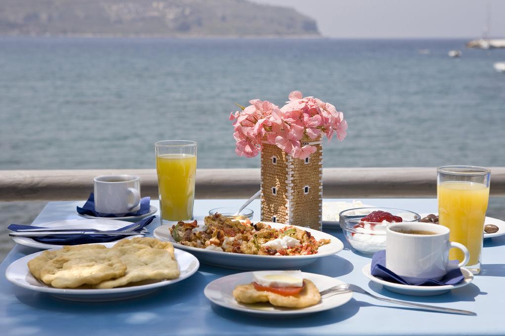mani-elixirion-breakfast-area-elixirion-tastes8